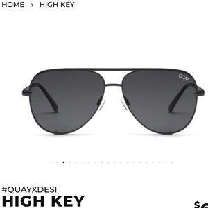 Quay Australia High Key - Blk frame/Smk lens